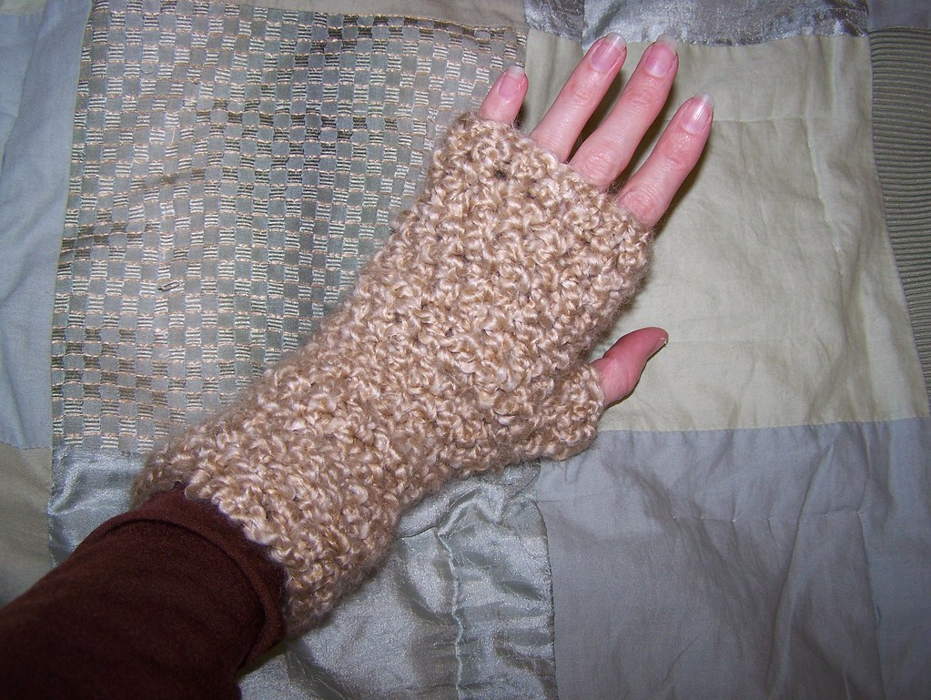 Armwarmers from LazyTcrochet at etsy