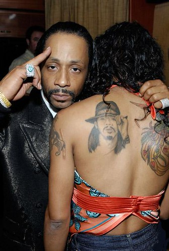 pictures of KATT WILLIAMS & Bill Bellamy @ a comedy festival .... lol @ ole girl with the katt williams tattoo