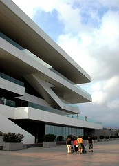 Veles e Vents. Chipperfield (javier1949) Tags: valencia puerto mar arquitectura mediterraneo viento vela chipperfield greatphotographers copaamrica