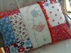 AMOR * n.11 ( Ana's Place ) Tags: red bird shop pillow almofada available n11 disponvel