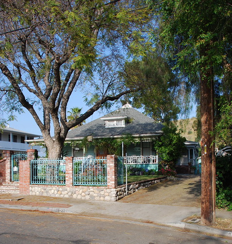 6028 Hayes Avenue Residence
