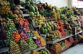 Cotacachi-food-market