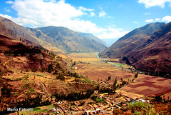 Perù: near Pisac: Vilcanota river in  Valle Sagrato (Sacred Valley of the Incas) (mariofalcetti) Tags: perù pisac vallesagrato landscape paesaggio valle valley montagne mountains river fiume vilcanota