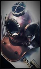 Scaphandre (Giulia_) Tags: france batellerie conflans musée fév17 seine saintehonorine scaphandre
