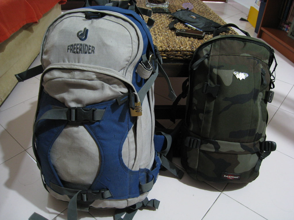 The Worlds Best Photos Of Backpack And Eastpak Flickr Hive Mind Padded Pakr Tas Ransel Black Everything I Need For Seven Weeks Tym Tags Travel Backpacking Southkorea Deuter