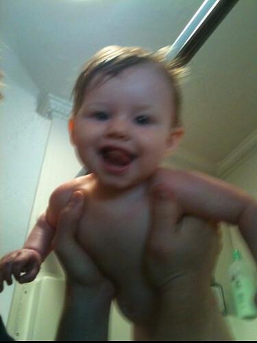 bath time 8 mo