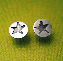 New Tiny Star Earrings