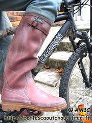 Bottes caoutchouc Aigle Benylsport (pascal en bottes) Tags: bicycle boots rubber pascal wellies vélo gummistiefel bottes botas gumboots gomma aigle stiefel caoutchouc stivali stovlar