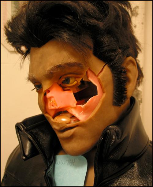 Zombie Elvis Karaoke-bot 4