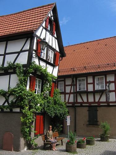 Haus Kickelhain, direkt neben dem Hotel & Restaurant Lamm (c) by Peter Chappell