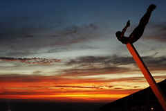 La Quebrada Cliff Diver / Clavadista (Esparta) Tags: sunset sea sky sun sol mxico clouds landscape geotagged mexico soleil mar spring afternoon wolken paisaje cu explore ciel cielo nubes acapulco puestadesol coucherdesoleil guerrero laquebrada clavadista sunne cliffdiver nauges ltytr1 acapulcodejuarez geo:lat=16846287 geo:lon=99914657 mexico:state=guerrero mexico:estado=guerrero mexico:state=gro mexico:estado=gro
