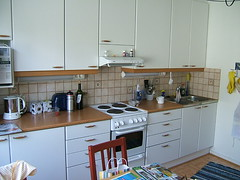 keittiö ikkunan vierestä (Juska Wendland) Tags: home rovaniemi koti rovakatu