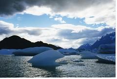Parque Nacional Torres del Paine (wallygrom) Tags: chile winter patagonia ice invierno torresdelpaine iceberg hielo icebergs icesculptures icesculpture puertonatales blueice parquenacionaltorresdelpaine glaciergray chileanpatagonia knudsentours
