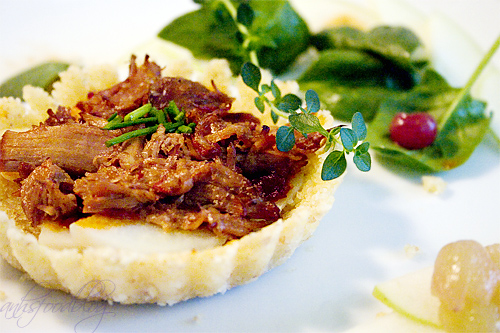 Chili Beef & Potato in Bulgur Crust