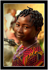 Coiffure Africaine (Laurent.Rappa) Tags: voyage africa travel portrait people woman smile face retrato couleurs femme laurentr ritratti ritratto ctedivoire peuple coiffure africain afrique ivorycoast ivorycost superbmasterpiece diamondclassphotographer flickrdiamond ysplix colourartaward betterthangood theperfectphotographer laurentrappa