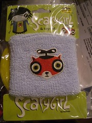 Protge-poignet / Wristband - Scarygirl (camiondepompier) Tags: wristband scarygirl darkhorse