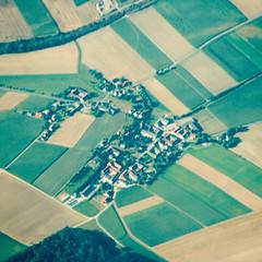BV850 Waitzendorf-Siedlung Austria (listentoreason) Tags: industry canon geotagged austria town sterreich europe technology scenic engineering places agriculture urbanplanning aerialphotograph oesterreich ef28135mmf3556isusm score20