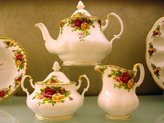 China Tea Set (Svadilfari) Tags: china floral shop set shopping ceramic ma store commerce massachusetts auburn business teapot porcelain creamer teaset sugarbowl floralmotif auburnma homestore auburnmassachusetts auburnmass macyshomestore macysmacyshome