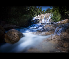 Waterfall (Chee Seong) Tags: longexposure rock canon flow waterfall malaysia tress dri kuantan pancing canon1022mm nd400 blueribbonwinner 400d infinestyle diamondclassphotographer theperfectphotographer