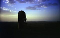 'Bajo El Sol Jaguar' at dusk. (lxsocon) Tags: dusk australia lomolca nsw brokenhill fujisuperia200 sculpturesymposium bajoelsoljaguar