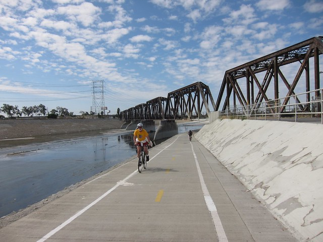 Los Angeles RIver RIde 2011