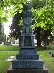 RiverView Cemetery, Portland, OR (fleur de la mort) Tags: white cemetery bronze gravemarker whitebronze whitebronzegravemarkers