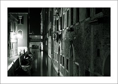 Canal at night (G u i d o) Tags: kanal venedig guido flickrchallengewinner