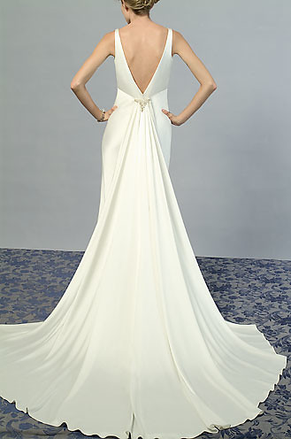 Sexy Back Wedding Dress Worn by A Sexy and Charming Bridal