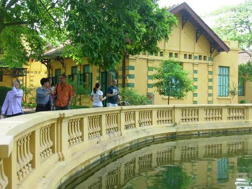 V-Hanoi (11)