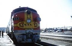 Santa Fe Warbonnet (Andy961) Tags: california ca railroad santafe train diesel engine railway locomotive kodachrome barstow f7 emd atsf funit