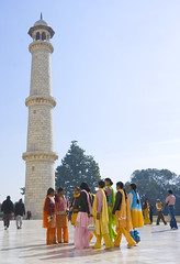 Taj Tourists 1 (Stringendo) Tags: girls india building tower architecture children minaret indian muslim islam tomb taj mahal agra tourists mausoleum colourful visitors hindu islamic saris novideo moslem