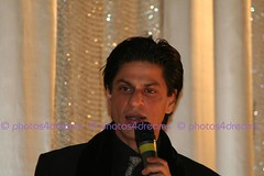 SRK @ Berlinale 2008 - premiere of Om Shanti Om (event-photos4dreams (www.photos4dreams.com)) Tags: berlin events event bollywood actor premiere shahrukhkhan shahrukh srk berlinale eventphotography omshantiom susannahvvergau vergau photos4dreams photos4dreamz berlinale2008 p4d eventphotos4dreams ©susannahvvergau ©susannahvictoriavergau susannahvictoriavergau