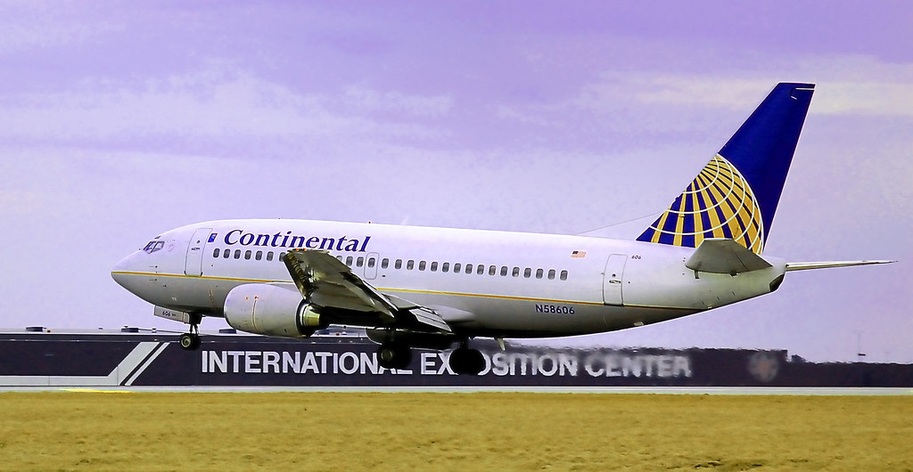 Continental Airlines 737-524 (N58606)