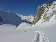 Col du Midi (Francis R.) Tags: mountains alps alpes chamonix montblanc montagnes aiguilledumidi wonderfulworld helbronner