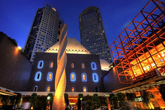 Millenia Walk, Singapore (williamcho) Tags: city fab food tourism retail shopping singapore restaurants clubs nightlife hotels attraction sunteccity milleniawalk golddragon abigfave anawesomeshot flickrmasterpieces
