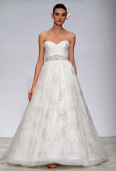 neckline-sweatheart, bridal gown, washington DC wedding dresses, Kenneth Pool Flirtation