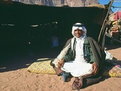 JordBedSheick1 (Paolo Del Papa) Tags: travels asia photos middleeast culture jordan peoples arabia tribes archeology religions palestina mediooriente etno ahistory reportages paolodelpapa travelgeo explorationstraderoutes