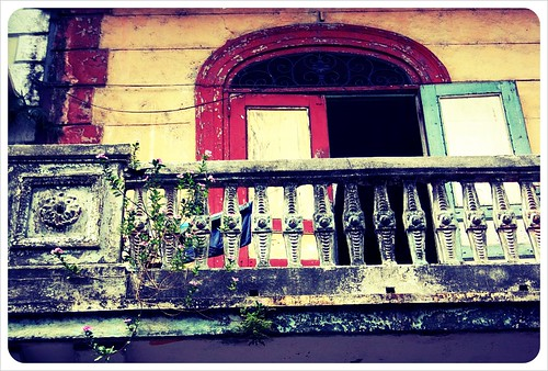 casco viejo old balcony