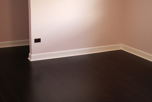 pictured above is my studio i primed and painted the walls. Black Bedroom Furniture Sets. Home Design Ideas
