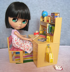 Nini in Her Study (knit_purr) Tags: haircut cute toy desk nini study blythe custom rement bang ebony nai