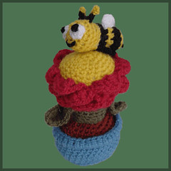 Flowerpot and Bee - Amigurumi Pattern by DeliciousCrochet (DeliciousCrochet) Tags: bug garden toy doll crochet knit craft bee yarn delicious flowerpot etsy amigurumi weave whool deliciouscrochet