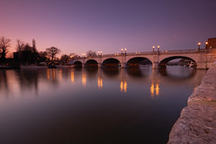 Kingston Bridge (stevec77) Tags: longexposure bridge reflection wall reflections d50 river twilight dusk nikond50 kingston riverthames kingstonuponthames kingstonbridge