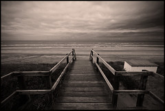 Say No Words (--Filippo--) Tags: bridge sea sky holland netherlands monochrome nikon mare ponte filter northsea cielo cokin sigma1020 maredelnord d80 noordwijkaanzee gnd4