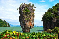 James Bond Island (pninaN) Tags: sea water thailand island phuket emerald jamesbond naturesfinest phangngabay limestonecliffs mywinners abigfave aplusphoto diamondclassphotographer nikond40x d40x goldstaraward endamansea kotapo