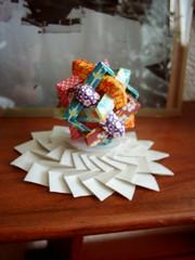 6 intersecting squares . 6 pretínajúcich sa štvorcov (Dasssa) Tags: origami modular tessellation