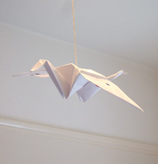 ~ Origami bird ~ (Lemon-kisses) Tags: bird paper emily origami hanging lampshade forme frommy madeit awhite lookspretty