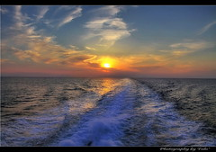 Sailing back home (tolis*) Tags: sunset sea canon island boat waves sailing aegean greece tamron breakthrough isla chios 50d eos50d  tolis    flioukas 18270vc