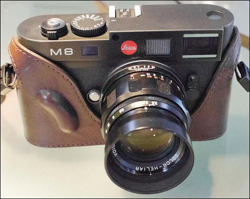 Leica M8 Voigtlander 75mm f/2.5 Heliar