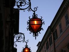 Luci ad Assisi (sara calani) Tags: assisi luce lampione