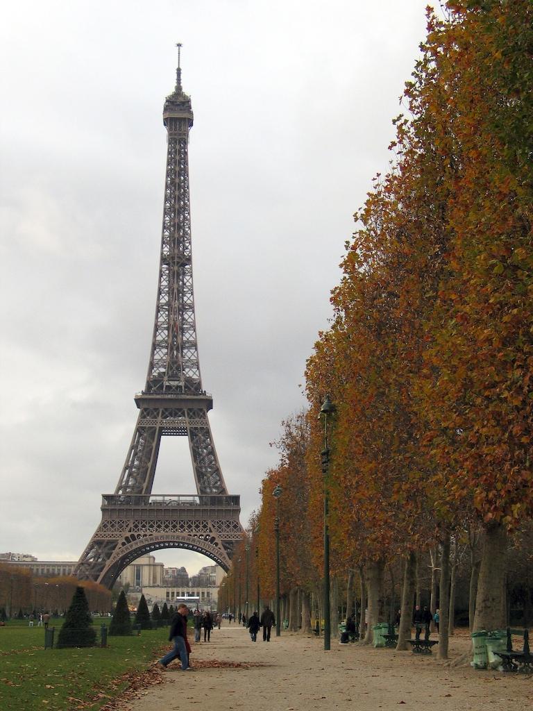 Torre Eiffel em Novembro